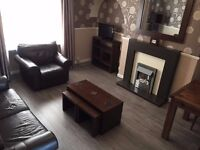 Immaculate fully furnished 2 bed flat in King Street/Old Aberdeen area availabe now