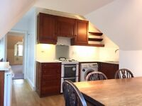 Perfect for sharers, a very large 3 bedroom part/unfurnished Barnes flat. Close to station.