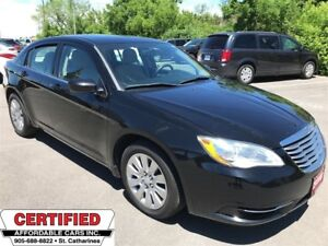 2014 Chrysler 200 LX ** CRUISE, AUX. IN, LOW KM **