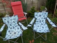 2 X BLUE FOLD UP CHAIRS 1 X RED