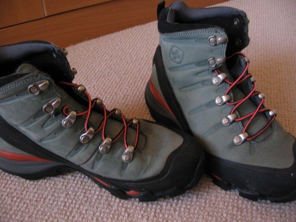 Wenger Ladies Walking Boots   in Gateshead, Tyne and Wear   Gumtree