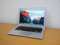 "13"" Macbook Air 2013 Model Like New 1.3 GHz 4gig Ram 128 SSD"