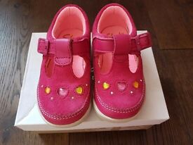 Clarks Girls shoes bundle. Sized 4