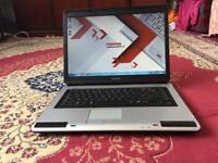 Toshiba Satellite L40 Windows 7 Laptop