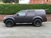 Nissan Pathfinder Trek DCI 4X4 Matte Black, Big Tyres.