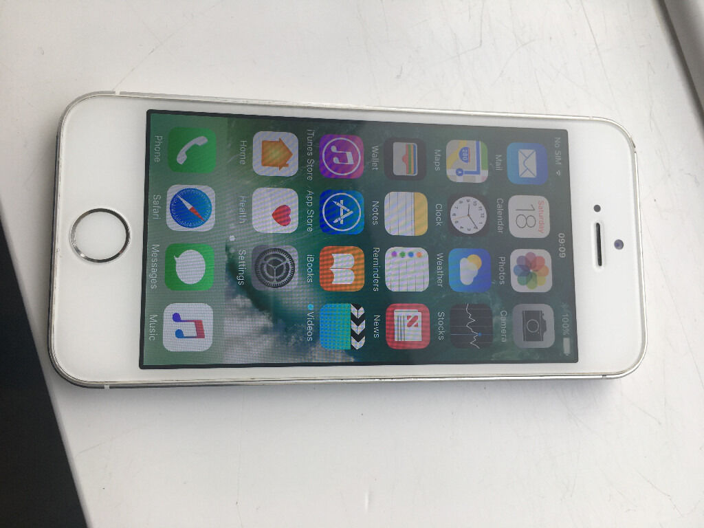 iphone 16gb on ee perfect conditionin Poole, DorsetGumtree - silver and white iphone 5s everything is working as it should do including the fingerprint reader this has a brand new screen fitted and unused since fitted this is a really nice phone and priced to sell