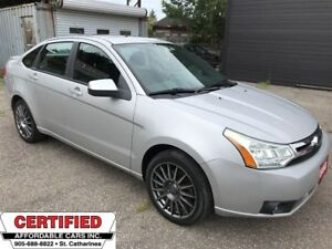 2009 Ford Focus SES ** 5 SPEED, HTD LEATH, BLUETOOTH, ROOF