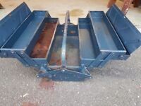 Vintage metal cantilever toolbox