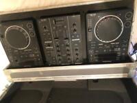 Pioneer CDJ 350, DJM 350 with AMP and headphones