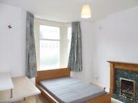 4 Bedroom Split Level Ground Floor Maisonette with Garden - Peckham Rye, East Dulwich , Denmark Hill