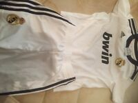 Real Madrid T-shirt +short