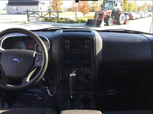 2010 Ford Explorer Sport Trac XLT London Ontario image 8