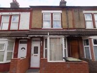 3 Bed House, Close to Town Centre/Train Station. Fully Refurbished - Available Now - No DSS