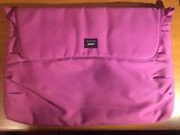 Crumple laptop carrier - Pink