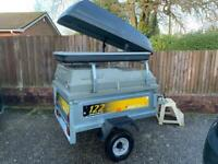 Erde 122 trailer with hard top and load bars and roof box - trailor box camping