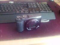 Sony Cyber-shot DSC-HX50 20.4MP Digital Camera