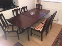 MAHOGONY DINING TABLE WITH 4 CHAIRS & 2 CARVERS