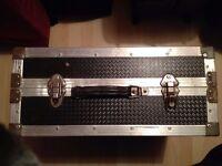 CHROMATIC/PIANO ACCORDION HARD METAL CASE-FOR ANY 120 BASS ACCORDIONS-HEAVY DUTY-4 LOCKS & 2 HANDLES