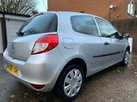 Renault Clio 12 months MOT £1500