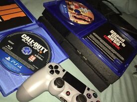 Ps4 with gta5,black ops2 and controller