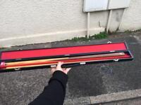 Snooker cue with case