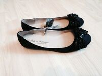 Brand new with tags flat shoes size 6