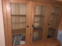 Storage cabinet in Nee condition