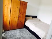 Stunning double room for female to let!