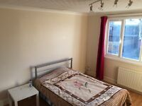 Double room & king size Double room to rent in Wembley