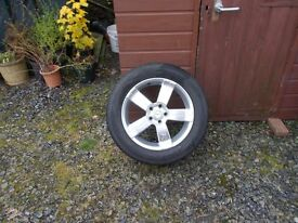 "4 x 18 "" alloys and tyres off hyundai sant fe"