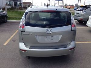 2007 Mazda MAZDA5 GS, 7-Pass, 4 Cyl Great on Gas, Very Clean and London Ontario image 4