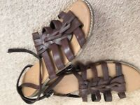 LADIES BROWN LEATHER M & S SANDALS - SIZE 7, BRAND NEW