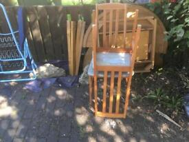 Free solid wood table in SE4