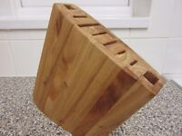 SOLID WOOD KNIFE BLOCK