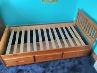 Single bed with draws