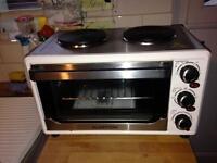 Klarstein 1500W mini oven and hobs.