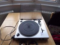 Record deck with phono & USB output