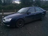Ford Mondeo mk3 2.0 tdci breaking for spares