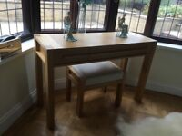 Sonoma Oak Dressing Table and Stool with Matching Pair Bedside Chests