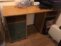 Desk in good condition