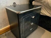 Bedside drawer and chest drawer