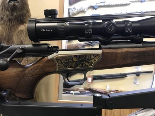 Blaser R93 Gold Onlay exclusive gold pistol grip manual production