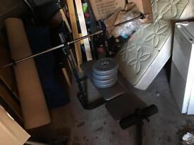 York Weight Bench, bar & 4x5KG weights