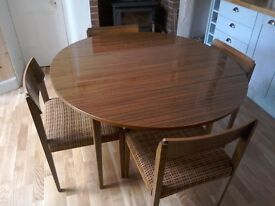 Vintage round drop leaf dining table and 4 chairs