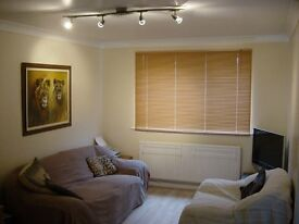 Recently refreshed Modern, One double bedroom Flat in Ickenham