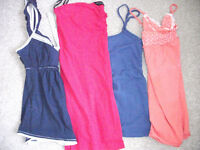 BUNDLE OF LADIES / GIRLS STRAPPY SUMMER TOPS S/M