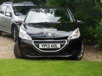 Peugeot 208 1.2 petrol 2013
