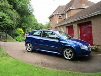 REDUCED Now £1495. 2007 Fiat Stilo 3 door - bright blue - must be seen