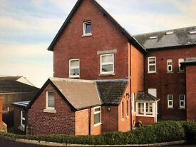 2 Bed character ground floor flat with garage in beautiful location on outskirts of country town.