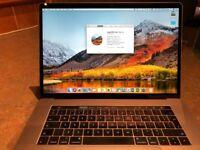 Apple MacBook Pro 15 Retina - Late 2016 - 16GB RAM - 2.6GHz i7 Quad Core - 256Gb SSD - Touch Bar